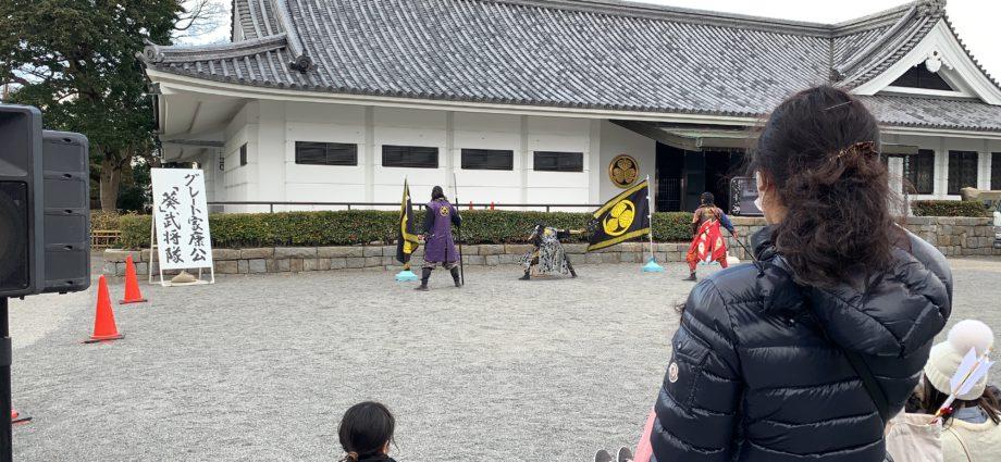一句。 岡崎城 立つ季神社 武将隊。 あ。季語がないな(笑)